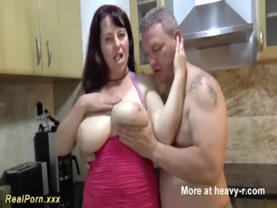 Busty Housewife Cummed On Tits