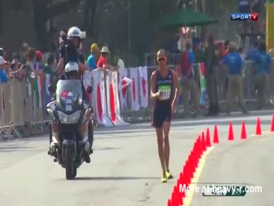 Atleta Francês se caga durtante competição