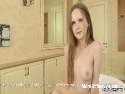 Fascinating cutie pleases yummy slit until she is coming