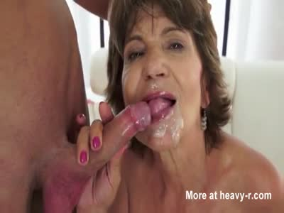 Greedy Mature Cummed In Mouth