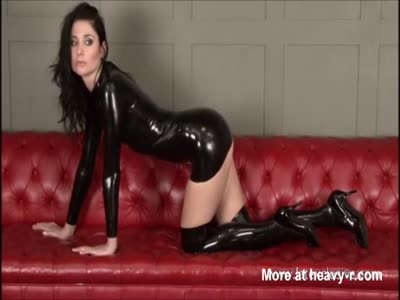 Super Hot Babe In Latex Suit