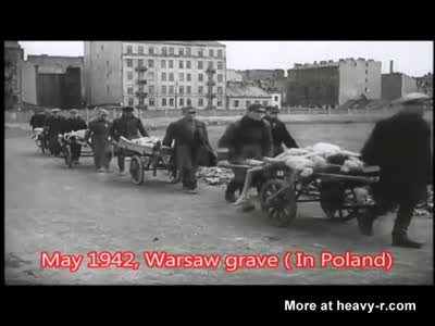 ✈ May 1942, Warsaw grave ( In Poland) ✈