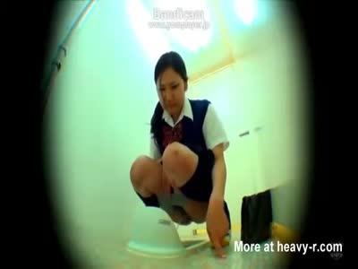 Schoolgirl Pissing And Having Diarrhea