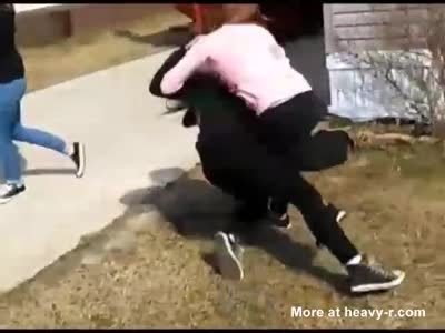 Hot Teens Fight After Leak Lesbian Relationship