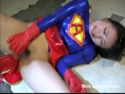 Superheroine Destroyed