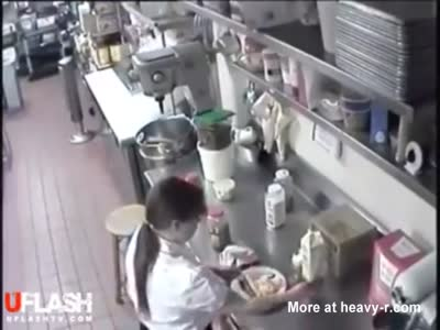 Don't Fuck With The Waitress!
