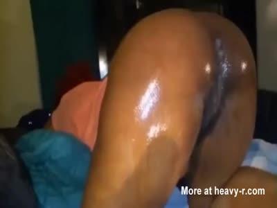 Fucking a big oiled mature latina ass