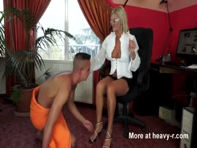 Freshly Divorced Mum Worshiped By Toy Boy