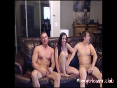 Amateur Couple Invites Stud For Threesome
