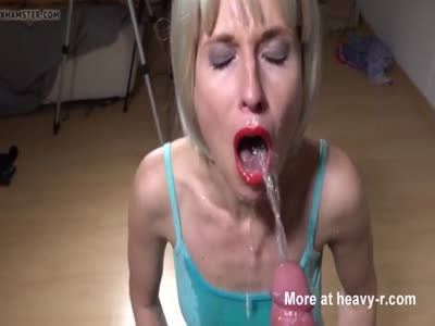 Droopy Eyes Slut Pissed In Mouth