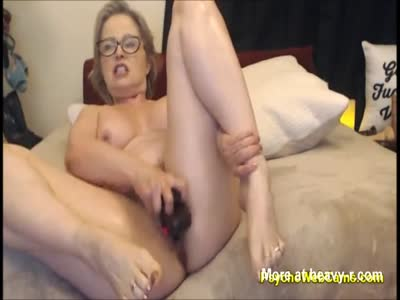 Loud Mom Masturbating
