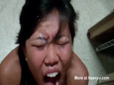 Pinay Taking Facial