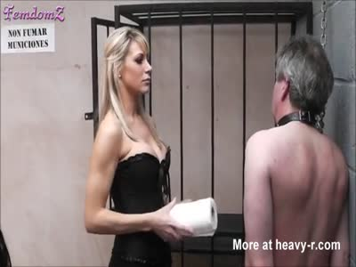 Mistress Goes Down On Her Slave