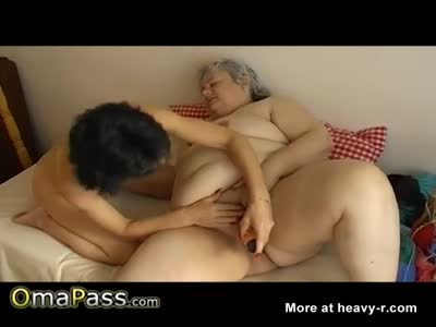 Grannies In Lesbian Action