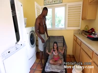 Fuck Slave Kept In Cage