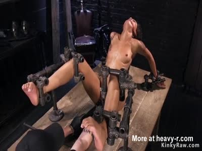 Ebony Locked In Bondage Devive