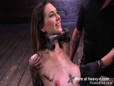 Pain slut with a smile gets tormented