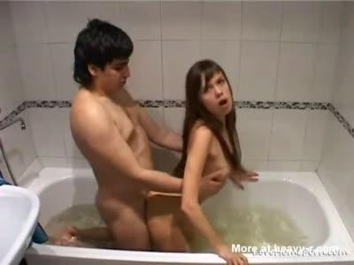 Hot Russian Couple Fucking In Bath