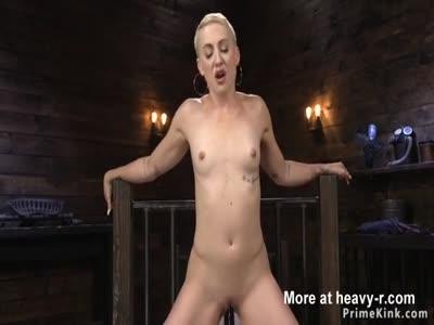 Short haired blonde anal fucks machine