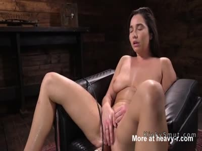 Squirting On Sex Machine