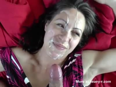 Heavy Cumload In The Face