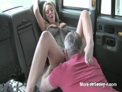 Slut Milf Gets Facialed In Taxi
