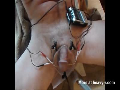Crushed balls electrified