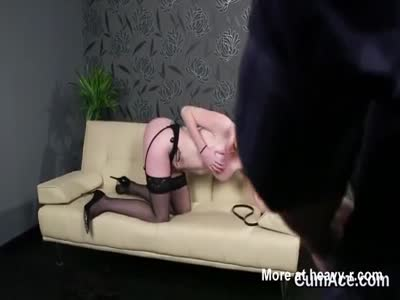 Hot bombshell gets cum shot on her face sucking all the jizz