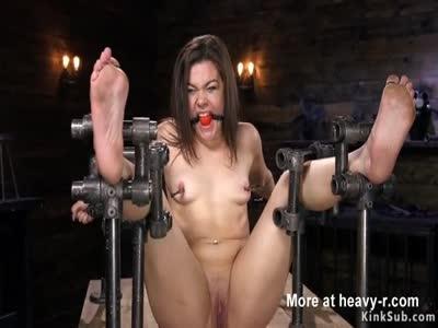 Babe anal fucked in device bondage