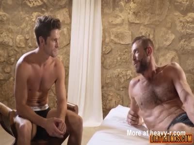 Muscle daddy anal sex and creampie